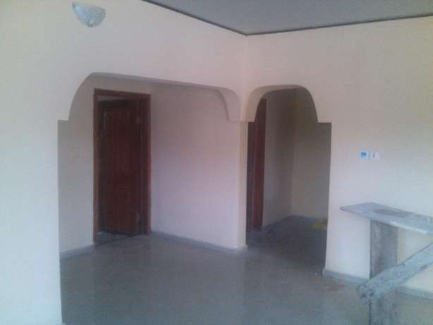 2 bedroom flat at nuj estate,clean compound.all room ensuit Ojodu - image 4