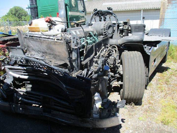 Volvo Fh4 460 Chassi / Euro 6 - Damaged - 2015