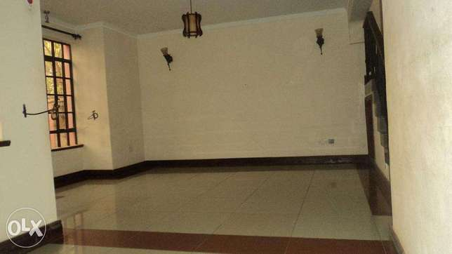 Four Bedroom Town House with a savant Quarters to let In Ngong Ngong Township - image 7