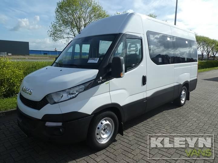 Iveco DAILY 35S13 rolstoelbus 9+1 luxe - 2015