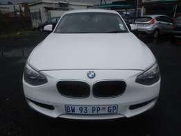 A BMW116i, 1serie, 2012 model, full services book, 110000km, 5-door, f