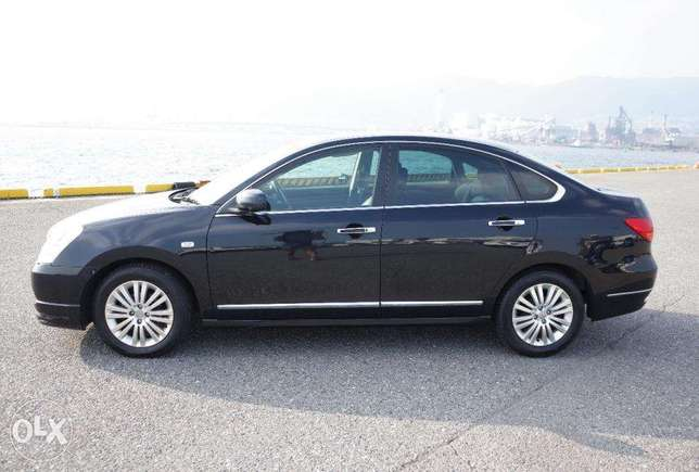Nissan Bluebird Silphy 2000cc ,2010, leather seats South C - image 3