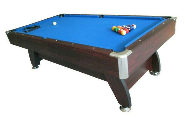 Standard snooker table with accessories Port-Harcourt - image 1