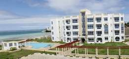 ID(9087) CONTEMPORARY 3 bdrm beachfront fully furnished apartment.