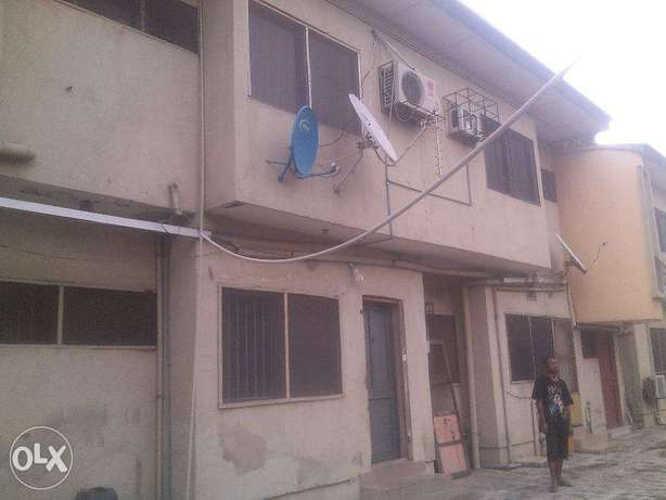 3 bedroom flat for rent at omole phase 1,all room en suit 1.2m Ojodu - image 6