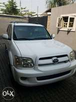 US Used Clean Toyota Sequoia 2007 White For Sale