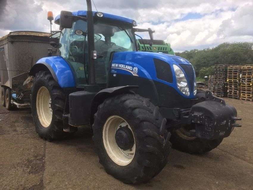New Holland t7.210 - 2014 - image 4