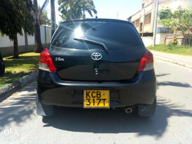Great deal,well maintained vitz just buy and drive, service to service Kilindini - image 8