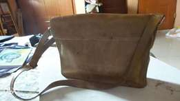 Hand made genuine leather satchel(laptop) bag