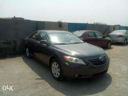 Toks 2007 Camry xle for quick sale