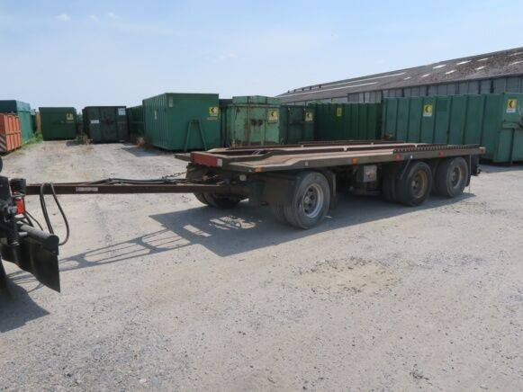 waf jf100  container chassis  for sale by auction - 2019