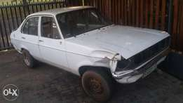 Ford Escort Body R1000