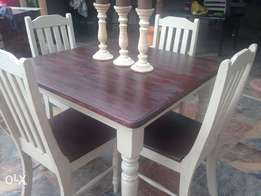 Shabby-chic dining table