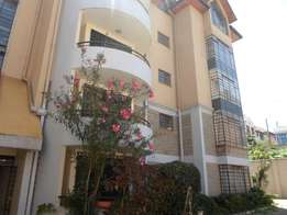 2 bedroom with DSQ to let at lavington