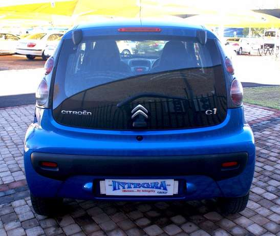 Citroen C1 1.0 EGS Seduction Auto Roodepoort - image 3