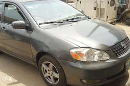 Very clean 03 Toyota corolla in good state
