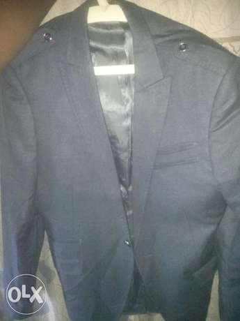 Grey and Blue suit for urgent sale Ife Central - image 3