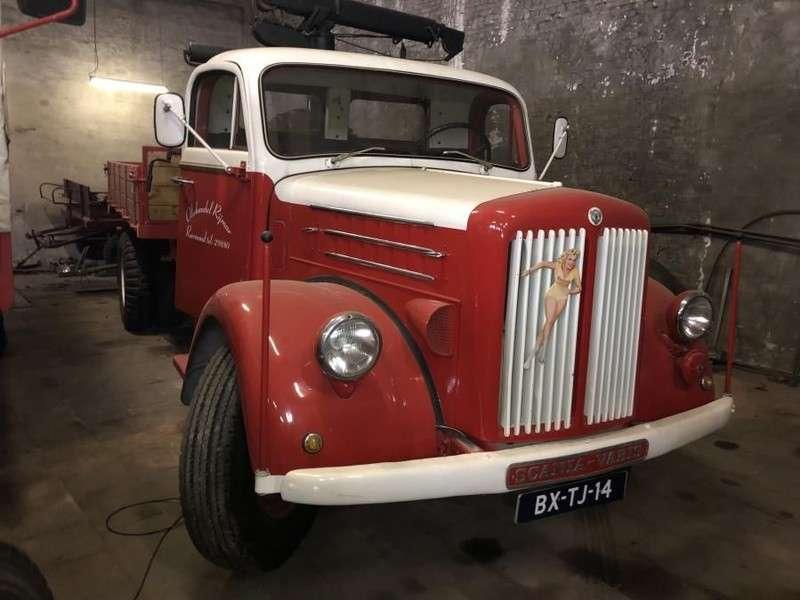 Scania L51 Drabant 1958 3-zijden Kipper Met Hiab Kraan