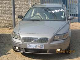 Volvo V50 Station wagon 6Speed manual with power steering and aircon