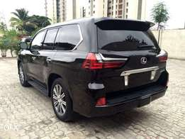 Brand new 2017 lexus LX570 for grab. Duty fully paid