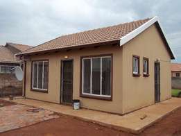 Two bedroom house to rent in Protea Glen Ext 28, R3600 empty now