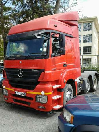 Mercedez Actross Westlands - image 5