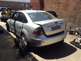 We buy Ford non runners or accident damaged cars for cash