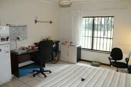 Room in student commune available near UP.
