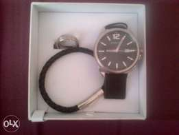 Sterling watch with accesories.