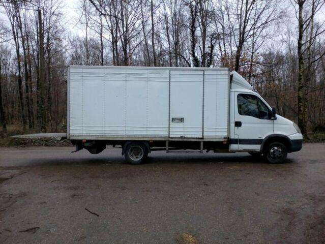 Iveco DAILY 3.0diesel LADEBORDWAND - 2007 - image 2