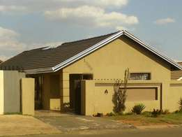 Very lovely family home in Protea North