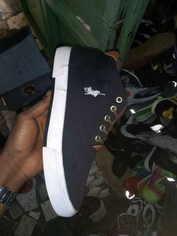 Polo sneakers Lagos Island West - image 2