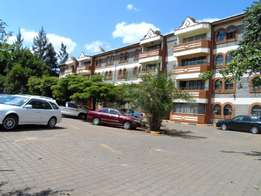 A spacious Apt 3bd master ensuite to let in kileleshwa