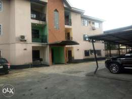 TO LET beautiful Standard 3 bedroom flat at GRA phase 4 PH.