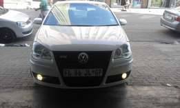 Vw polo 1.6 black in color hatshback 2007 model 78000km R85000