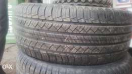 265/65/17 Michelin tyres, 25,000