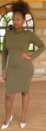 Quality sweaters & dresses Westlands - image 4