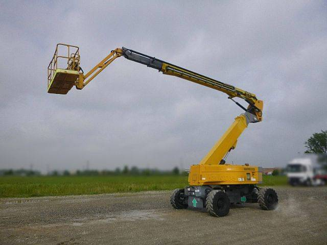 Haulotte HA32PX - 32 m - 4x4x4 - 2007