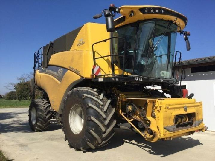 New Holland cr 7.90 - 2018