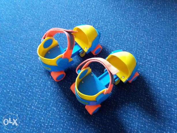 Adjustable pattins Fisher price.