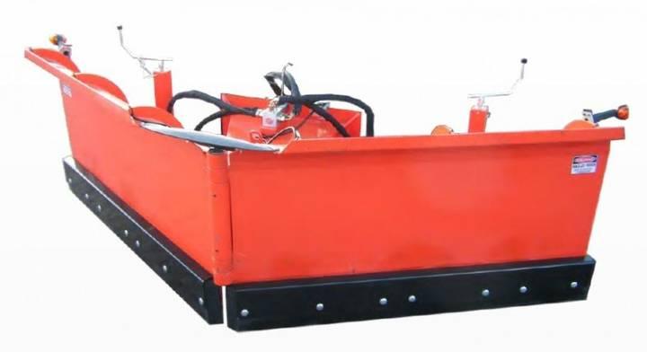 SNEEUWSCHUIF groot V model snow plough