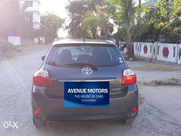 For sale: Toyota Auris 1500cc 2011 at Avenue Motors Ltd Mombasa Island - image 2
