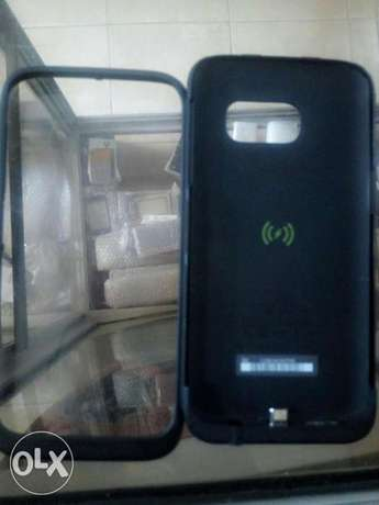 Samsung Galaxy s7 with power bank which also serve as casing for sale Abeokuta South - image 4