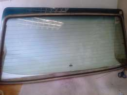 alfa giulietta 1.8 1982 new windshield front ,and other window glass
