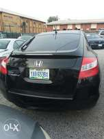 Very clean 2010 Honda crosstown
