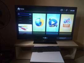 e1b2d530d652 50 inches Unionaire HD Smart TV
