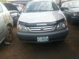 02 registered Toyota sienna for sale