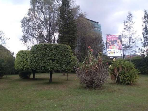Kilimani near Yaya Center 1acre Nairobi CBD - image 7