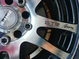 Hyundai fitted Aline gtr sport 5114 PCD rims and tyres for sale
