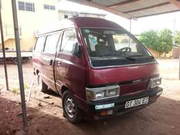 Super roof Nissan Vannete Van, For Sale.